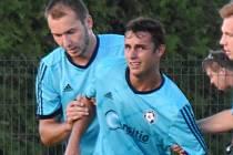 Katovické útočné duo Vladimír Uher – Michal Požárek (zleva) dalo celkem 19 gólů. Prvně jmenovaný 10, druhý 9 branek.