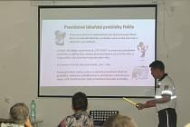 Projekt senior. se uskuteční 10. října v Rytířském sále strakonického hradu od 13 hodin.  Ilustrační foto.