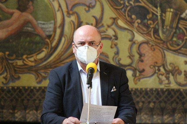 Tomáš Hadušek vede VH OFS Strakonice.