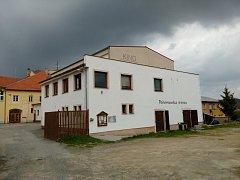 Volyně, kino, malá galerie a Pošumavská tržnice. Ilustrační foto