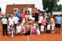 Turnaj mixů pokřtil nové tenisové kurty ve Volyni.