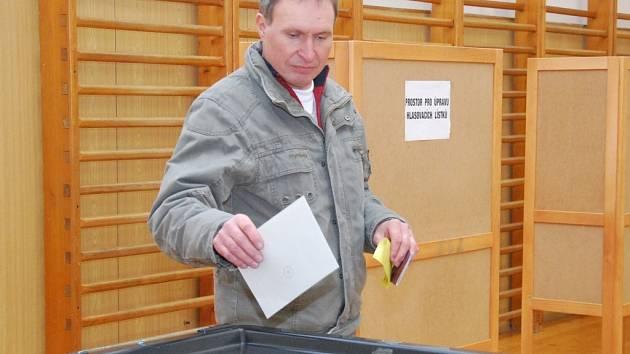 Prezidentské volby, školní budova Lidická, Strakonice.