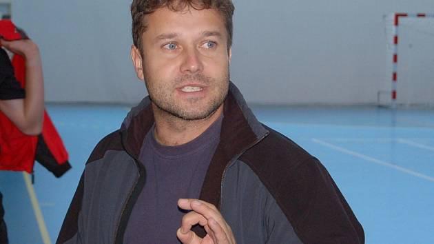 Trenér Roman Marienka