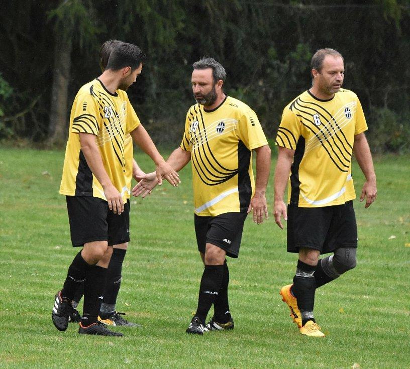 Fotbalový OP Strakonicka: Lom - Dražejov B 6:0.