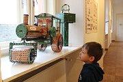Muzeum v Blatné láká na výstavu Fenomén Merkur,která je věnované oblíbené kovové stavebnici.