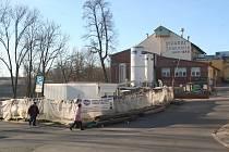 Výstavba pivovarské prodejny a restaurace.