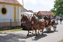Rovná u Strakonic oslavila v sobotu 15. června 700 let od první písemné zmínky o obci.