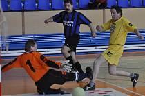 Turnaj Ekonomických služeb ve futsalu mužů za sebou má třetí hrací den.
