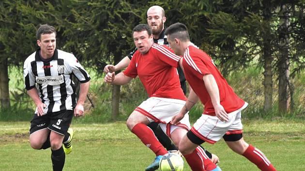 Fotbalová b třída: Dražejov - Strunkovice 0:4.