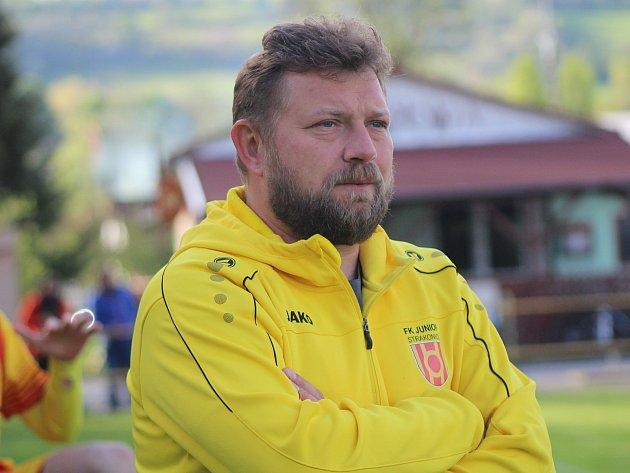 Trenér Junioru Strakonice a Luděk Cimrhanzl.