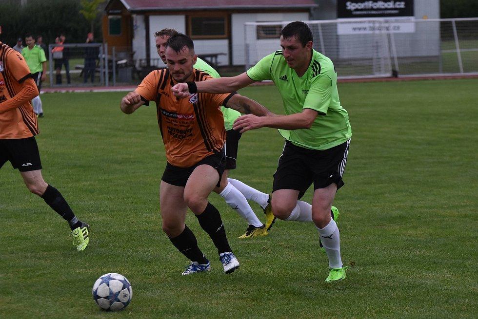 Fotbalový OP Strakonicka: Balvani - Malenice 0:3.