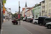 Část Palackého náměstí bude od pondělí 2. října neprůjezdná kvůli opravě parovodu.