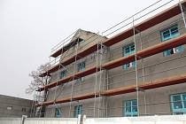 Potíže na stavbě trvají dál. Snímky jsou 25. listopadu 2020.