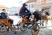 Prvomájový průvod v Sedlici vrátil diváky do ČSSR o 30let zpátky.
