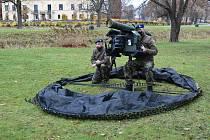 Celkem 11 vojáků se ve Švédsku školilo na nové protiletadlové komplety RBS-70NG.