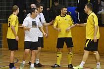 Semifinále Vodňanské ligy: DG303 - Seš-lost 4:4.