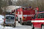 Uzavřený chov kachen společnosti Blatenská ryba museli  zlikvidovat hasiči a veterináři.