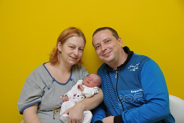 Kamila Hronková, Radomyšl, 3. 12. 2017, ve 23.26 hodin, 2860 g. Malá Kamila je prvorozená.