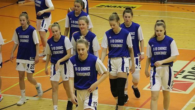 Basketbalistky Strakonic čeká náročný závěr základní části Renomia ŽBL.