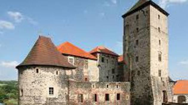 Noční prohlídky hradu Kašperk jsou naplánovány na 17. až 19. srpna
