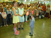 Zahájení školního roku na ZŠ a MŠ Čestice a pasování dětí na prvňáčky.