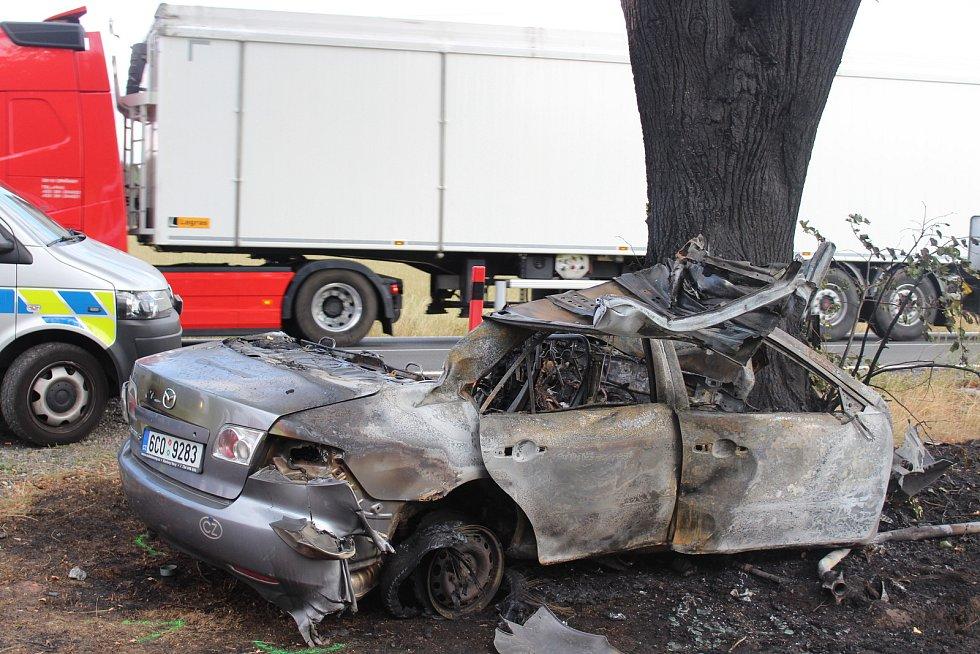Při dopravní nehodě u obce Drahonice zemřel řidič.