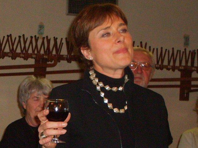 Marie Retková uvedla i oficiální zahájení 43. ročníku loutkářské přehlídky Skupovy Strakonice.