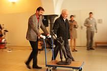 Vodňany – Na osm desítek lidí si přišlo prohlédnout v úterý 5. března nový depozitář Městského muzea a galerie. Ten byl vybudován v přízemí historické budovy Městského úřadu. Stavební práce vyšly bez mála na 2,7 miliónu korun.