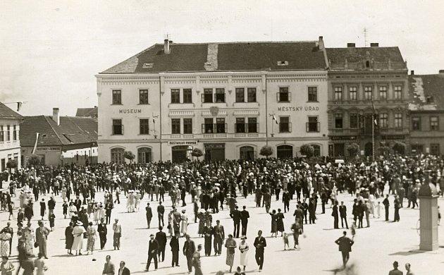 Radnice ve Vodňanech.