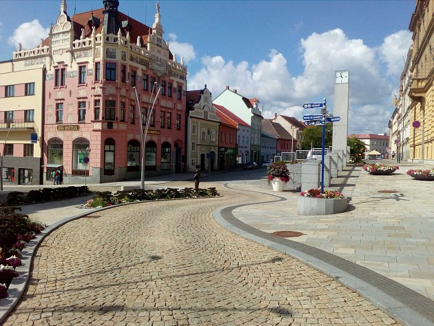 Po pěti letech můžete z křižovatky na Velkém náměstí odbočit doprava.