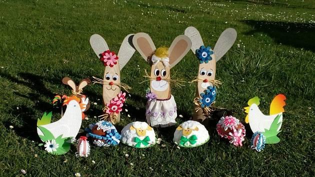 Velikonoční výrobky paní Blanky Peterkové.