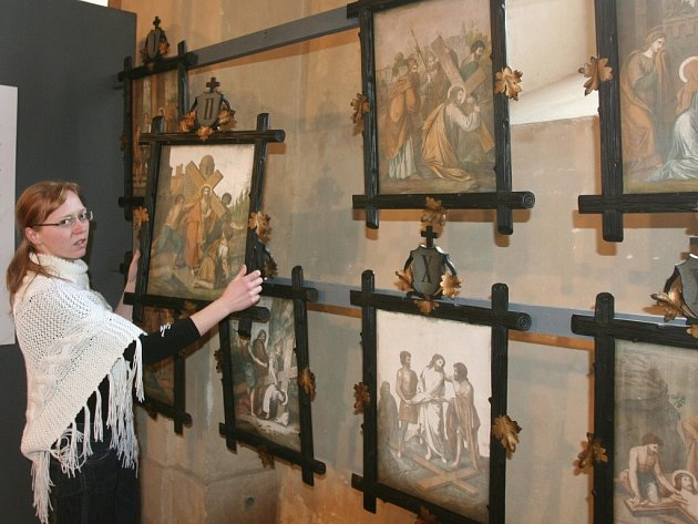 Výstava mapuje různé podoby a výjevy z života Ježíše Krista.