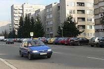 Dnešní podoba ulice Na Ohradě.