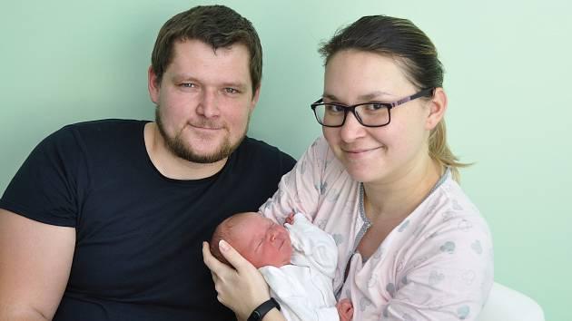 Natálie Masáková ze Strakonic. Natálka se narodila 7.3.2019 ve 3.52 hodin a při narození vážila 3360 g. Natálka je prvorozená.