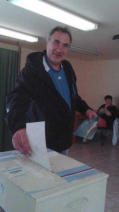 Volby v Přešťovicích.