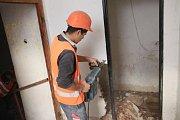 V muzeu už skončily bourací práce, teď je čas na řemeslníky, kteří udělají elektřinu, vodu a kanalizaci.