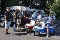 Veteran Car Club Strakonice pořádal v sobotu 28. července již 11. setkání a výstavu historických vozidel v prostoru letního koupaliště ve Volyni.