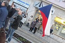 Oslavy listopadových událostí na Velkém náměstí ve Strakonicích.