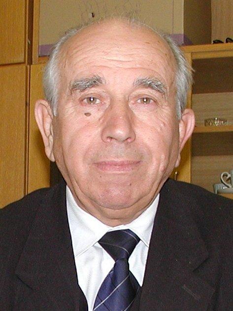 Dosavadní senátor Josef Kalbáč.