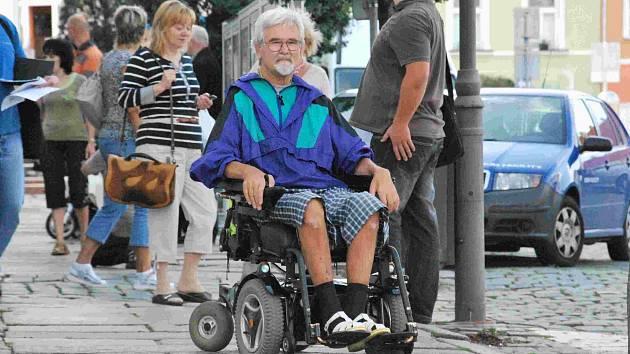 Handicapovaní mapují překážky ve Vodňanech