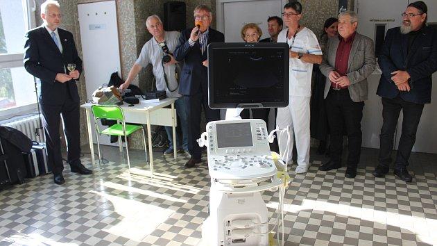 představení ultrazvukového přístroje