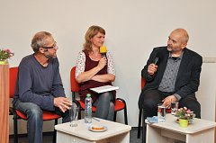 Již 15. setkání Vícehlasy se uskutečnilo v úterý 6. listopadu ve Šmidingerově knihovně ve Strakonicích.