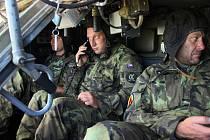 Strakoničtí vojáci cvičili s  americkými vrtulníky.