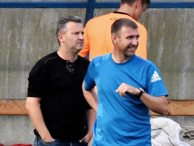 Michal Brabec (vlevo) a asistent Roman Remeš.