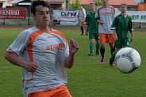 Jediný gól starších dorostenců Strakonic proti Čtyřem Dvorům dal Michal Požárek. Junior prohrál 1:2.