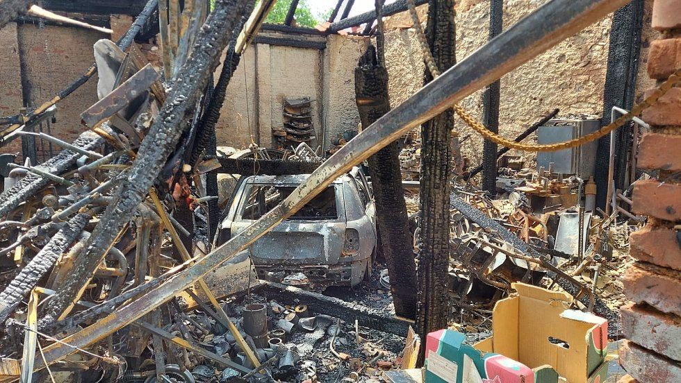 Požár stodoly v Pacelicích na Strakonicku způsobil škodu za dva miliony.