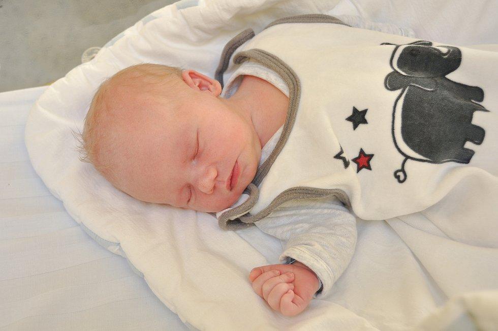 Jan Rončka z Radomyšle. Honzík se narodil 13. 1. 2020 v 18.22 hodin a jeho porodní váha byla 3 590 gramů. Na bratříčka se doma těšila Emička (2).