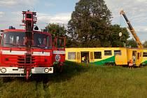 Páteční střet vlaku s traktorem.