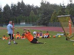 Ukázka z tréninku brankářů.