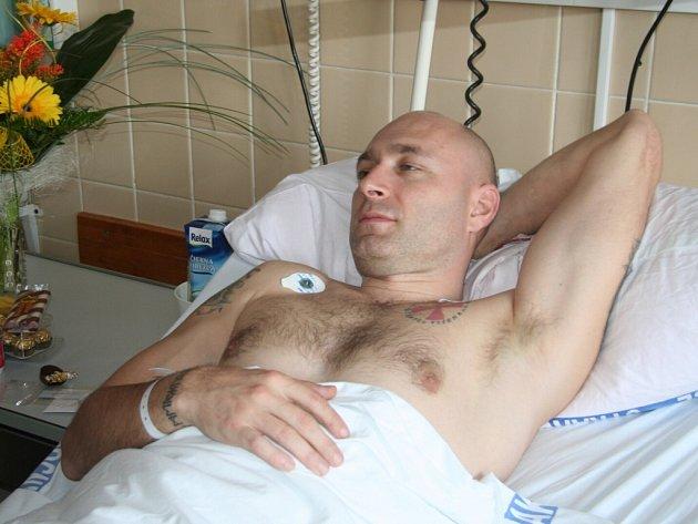 Daniel Landa leží ve strakonické nemocnici. Cítí se dobře.